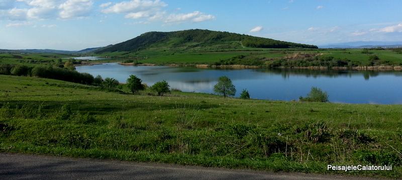 lacul faragau peisajele calatorului