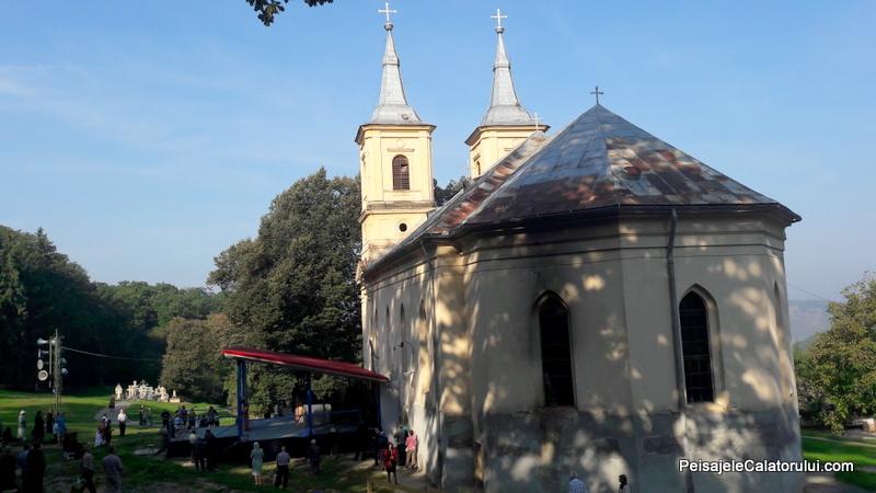 peisajele-calatorului-manastirea-2