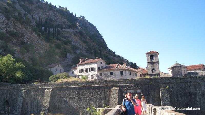 Poarta intrare Cetatea Kotor