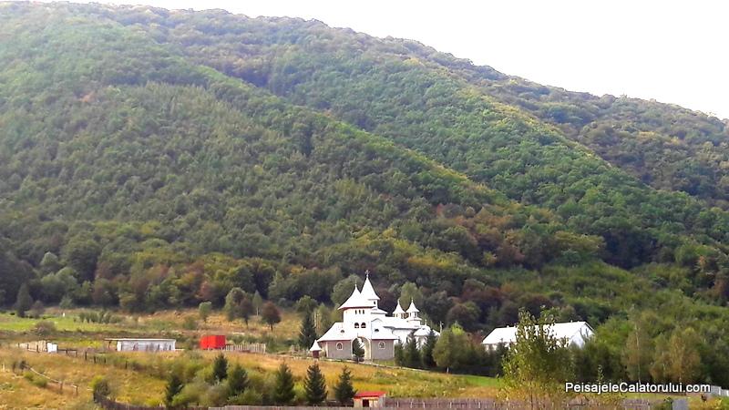 peisajele-caltorului-manastirea-orlat