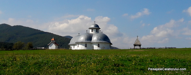 peisajele-calatorului-manastirea-rasinari
