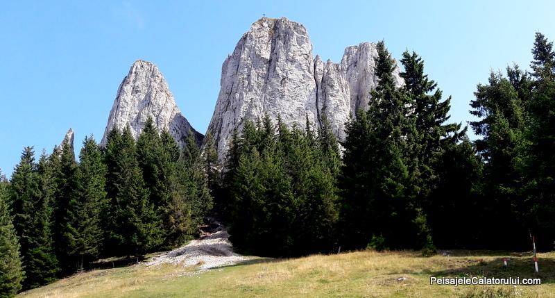 peisajele-calatorului-piatra-singuratica